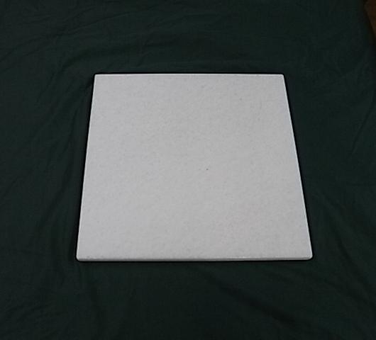 大理石(天然) -- 雪白玉  尺寸: 40 x 40 x 2 CM  -- 運費350元